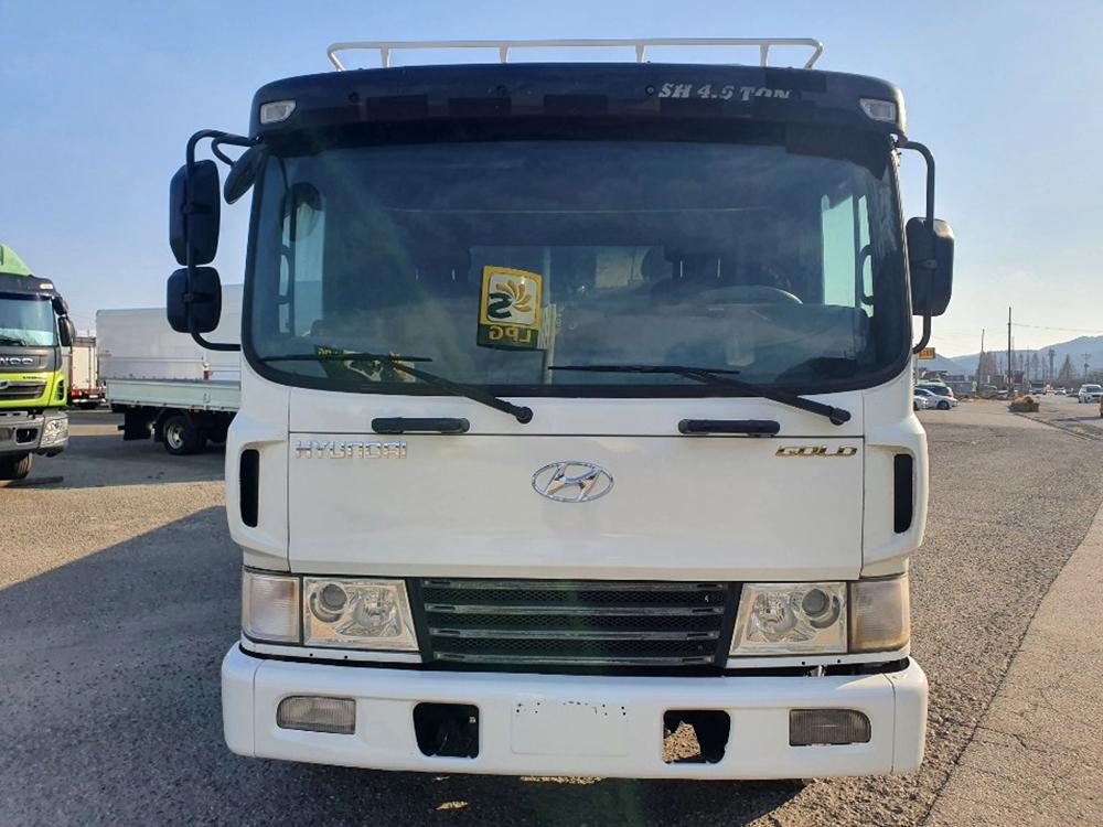 현대4.5톤 메가7m40앞축카고/골드등급/115만